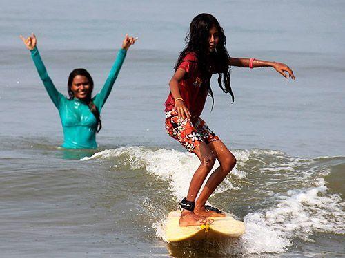 Romper roles de género a través del Surf